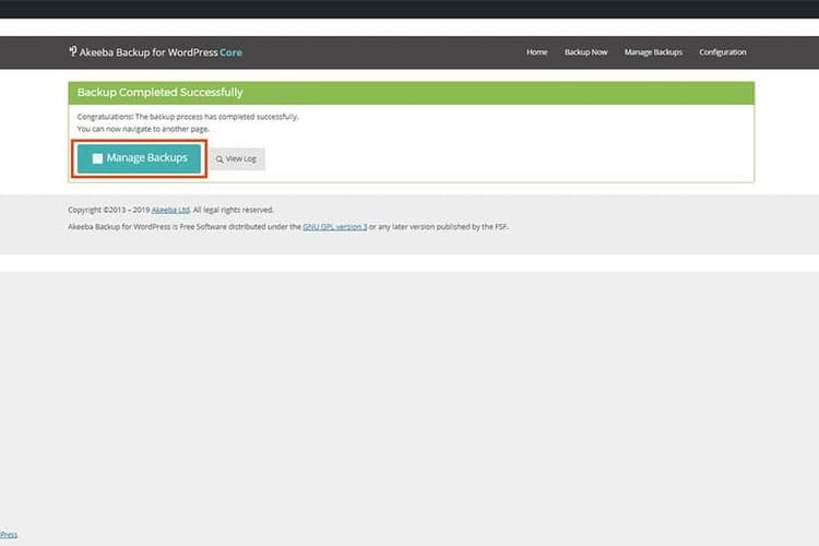 Akeeba Backup para WordPress respaldo completado